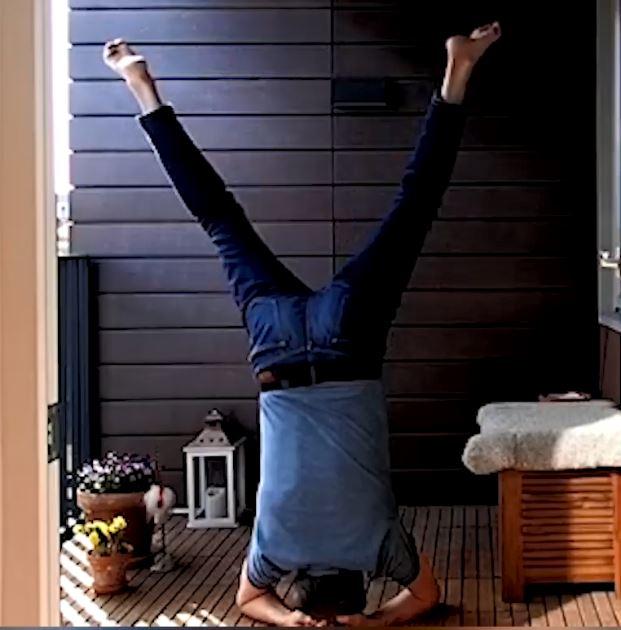 Magnus Andersson träning på balkongen
